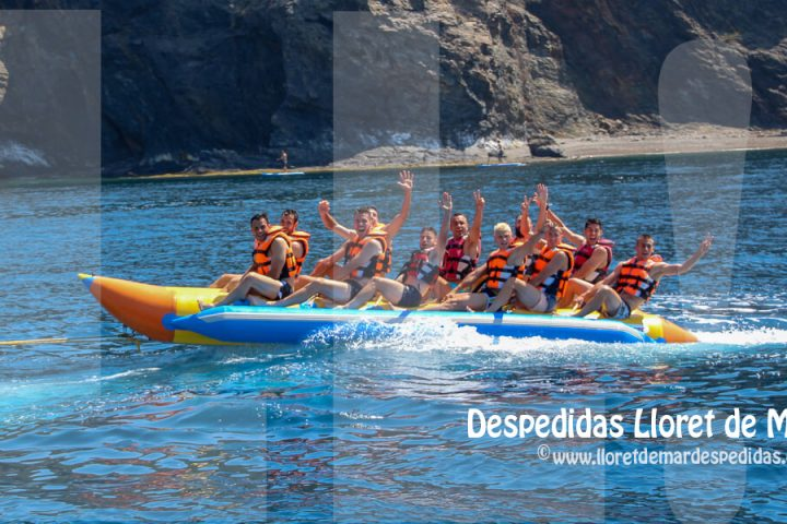 Actividades acuáticas en Lloret de Mar - Despedidas de soltero y soltera
